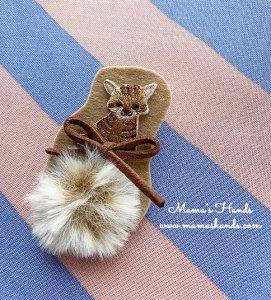 (cp-556) ネコ ねこ 猫 茶色 ファー 刺繍 ブローチ(ハンドメイド)