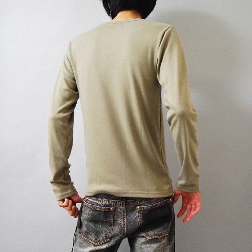 【ジャケットに合う!目を惹くデザインプリントがインパクトあり♪】フォトプリント・Vネック長袖Tシャツ詳細1