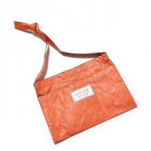 <img class='new_mark_img1' src='//img.shop-pro.jp/img/new/icons50.gif' style='border:none;display:inline;margin:0px;padding:0px;width:auto;' />NEW JACK BOOGIE Tyvek&#174; ORANGE MUSETTE