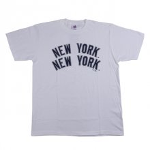 <img class='new_mark_img1' src='//img.shop-pro.jp/img/new/icons1.gif' style='border:none;display:inline;margin:0px;padding:0px;width:auto;' />M.V.P. x BBP x MAJESTIC NY YANKEES TEE