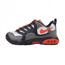 <img class='new_mark_img1' src='//img.shop-pro.jp/img/new/icons1.gif' style='border:none;display:inline;margin:0px;padding:0px;width:auto;' />NIKE AIR TERRA HUMARA '18
