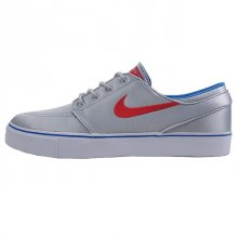 <img class='new_mark_img1' src='//img.shop-pro.jp/img/new/icons50.gif' style='border:none;display:inline;margin:0px;padding:0px;width:auto;' />NIKE ZOOM STEFAN JANOSKI PR MTLLC SILVER/UNIVARSTY RD