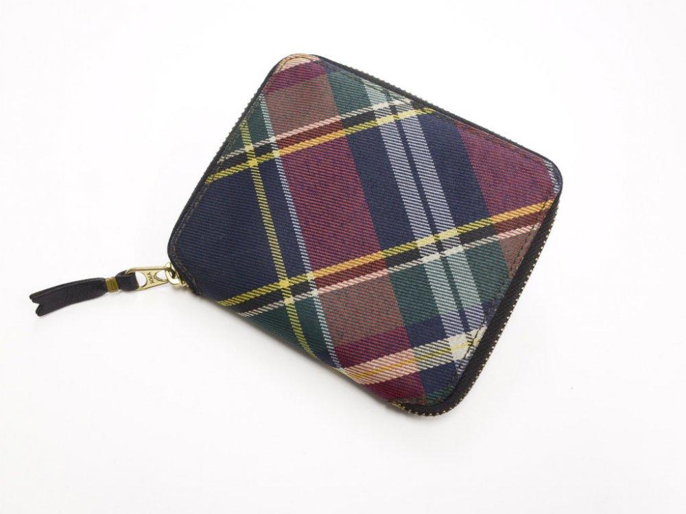 コムデギャルソン  チェック柄 二つ折りジップ財布  MADE IN SPAIN USED