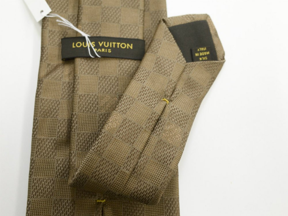 LOUIS VUITTON ルイヴィトン ダミエアズール  シルク ネクタイ   MADE IN ITALY USED
