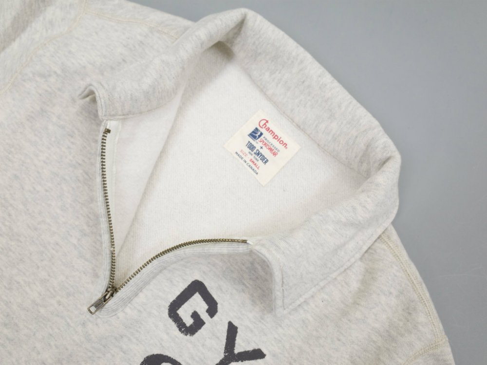 <img class='new_mark_img1' src='//img.shop-pro.jp/img/new/icons15.gif' style='border:none;display:inline;margin:0px;padding:0px;width:auto;' />TODD SNYDER + CHAMPION   GYM Sweatshirt ハーフジップスウェット MADE IN CANADA