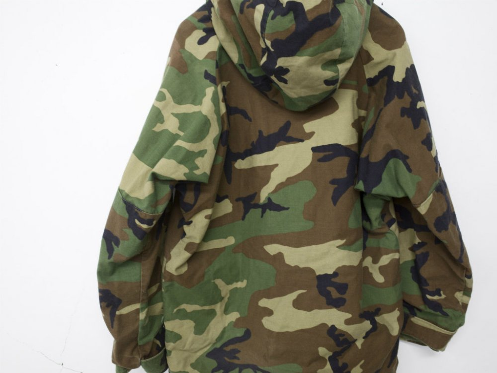 VINTAGE 97's U.S.ARMY PARKA, COLD WEATHER, CAMOUFLAGE  USED