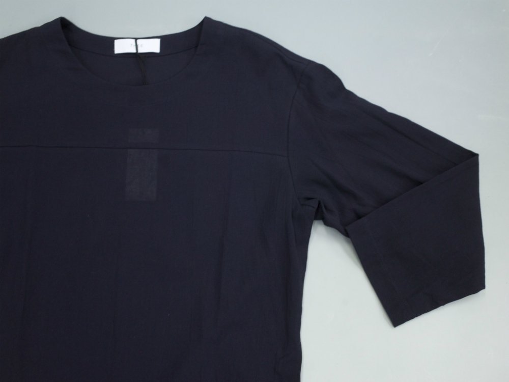 <img class='new_mark_img1' src='https://img.shop-pro.jp/img/new/icons20.gif' style='border:none;display:inline;margin:0px;padding:0px;width:auto;' />THEE football slit shirts スリットシャツカットソー