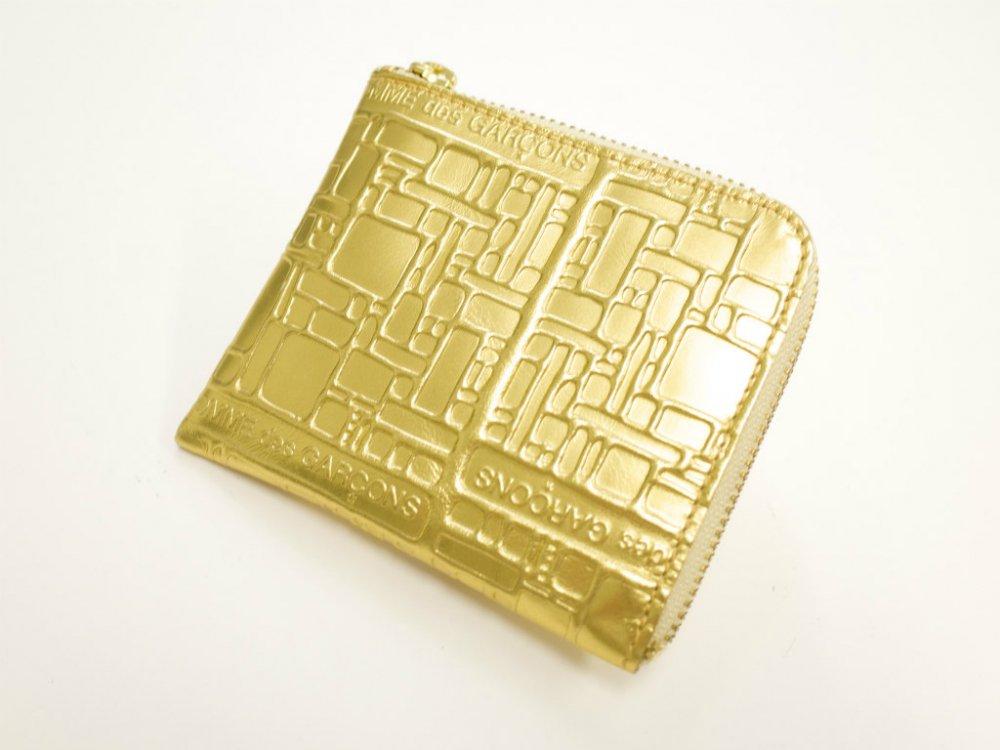 コムデギャルソン ロゴ エンボス レザーハーフジップ財布 MADE IN SPAIN USED