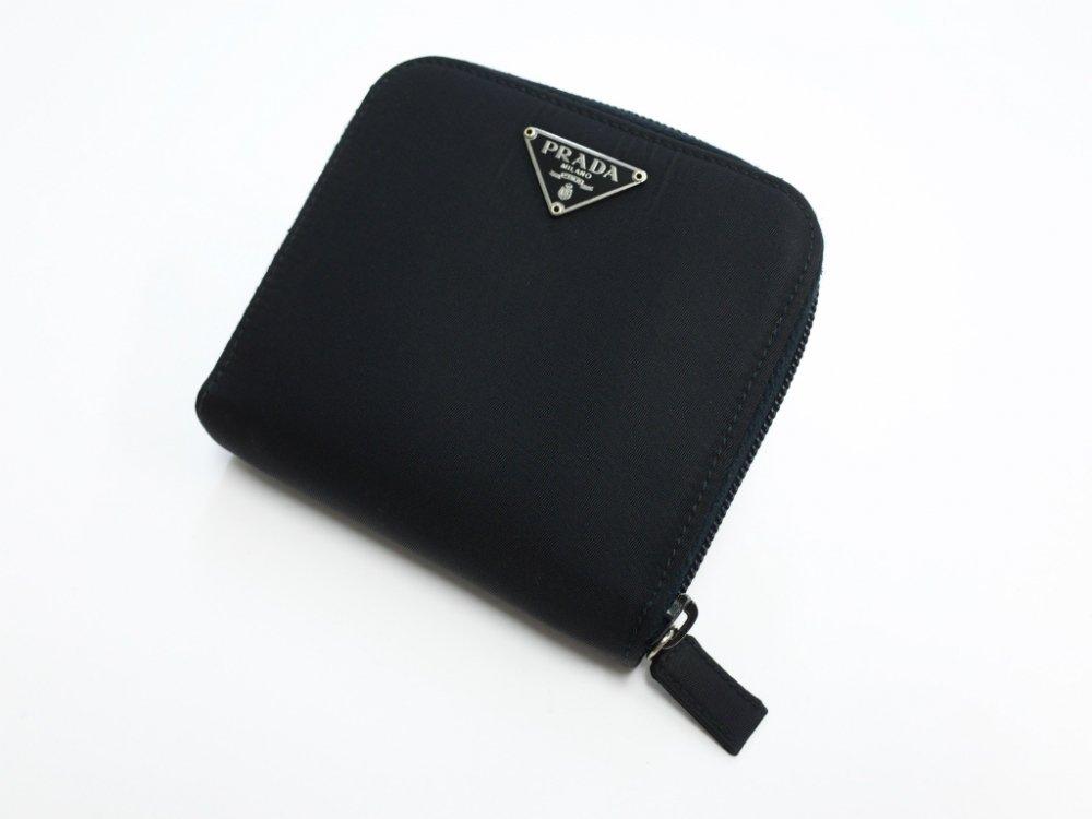 PRADA プラダ  ナイロン ラウンドジップ  二つ折り財布 MADE IN ITALY USED