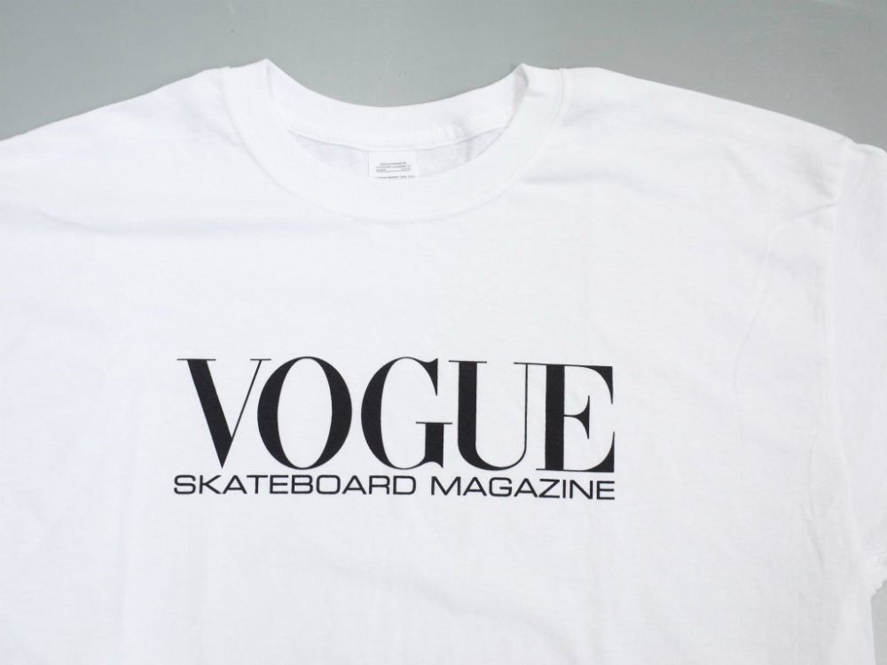 <img class='new_mark_img1' src='//img.shop-pro.jp/img/new/icons15.gif' style='border:none;display:inline;margin:0px;padding:0px;width:auto;' />Dear Skating Vogue Skateboarding Magazine Tシャツ