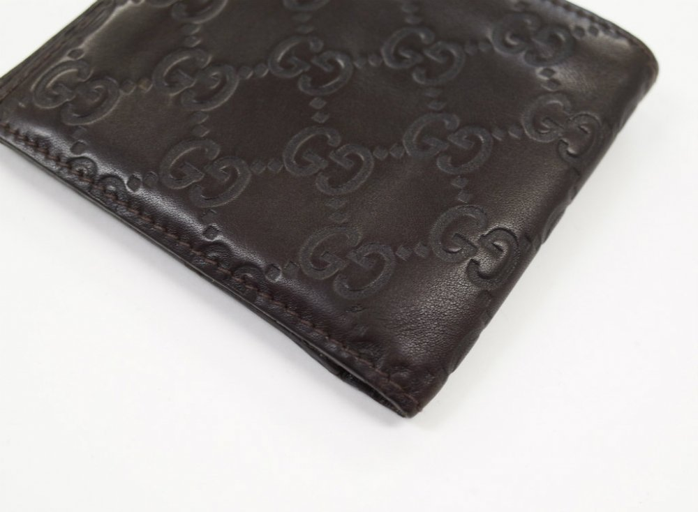 GUCCI  グッチ  シマ レザー二つ折り財布 MADE IN ITALY USED