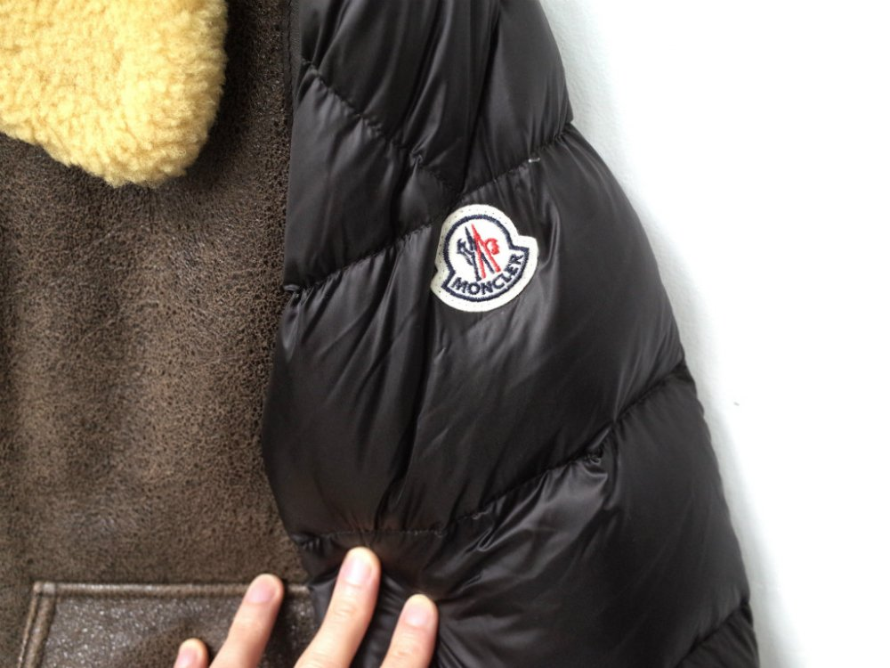 <img class='new_mark_img1' src='//img.shop-pro.jp/img/new/icons15.gif' style='border:none;display:inline;margin:0px;padding:0px;width:auto;' />MONCLER モンクレール REALMONT ムートン ダウンジャケット USED