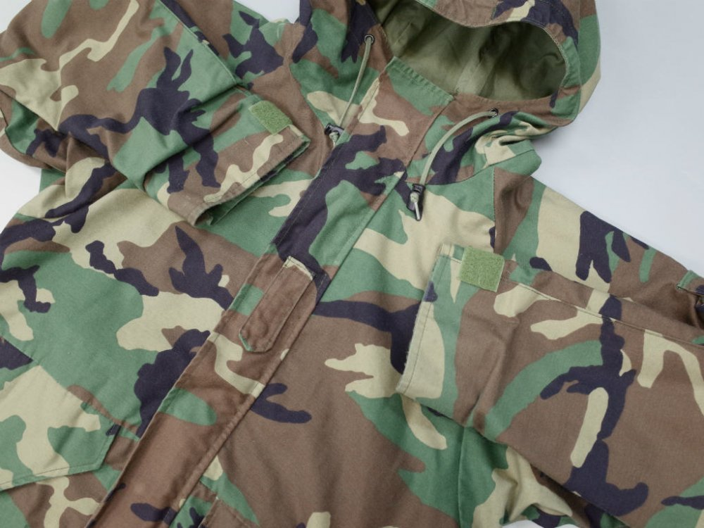 <img class='new_mark_img1' src='//img.shop-pro.jp/img/new/icons15.gif' style='border:none;display:inline;margin:0px;padding:0px;width:auto;' />VINTAGE 97's U.S.ARMY PARKA, COLD WEATHER, CAMOUFLAGE  USED