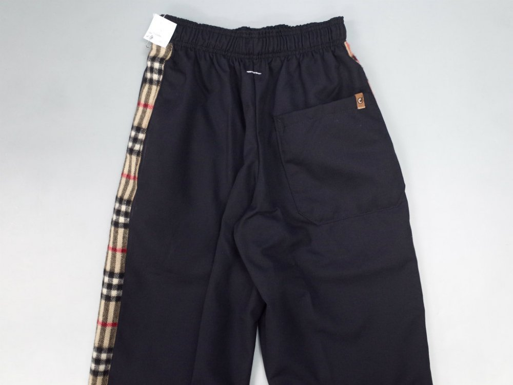 <img class='new_mark_img1' src='//img.shop-pro.jp/img/new/icons15.gif' style='border:none;display:inline;margin:0px;padding:0px;width:auto;' />SOTA JAPAN × SEW UP REMAKE BURBERRY PANTS