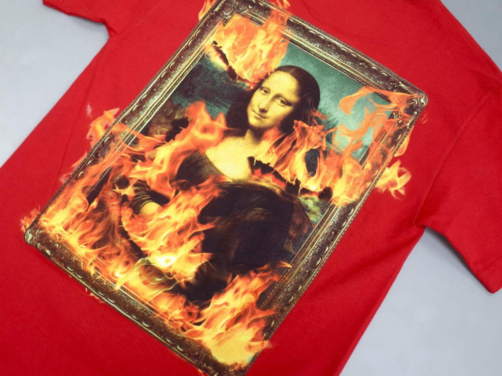 <img class='new_mark_img1' src='//img.shop-pro.jp/img/new/icons15.gif' style='border:none;display:inline;margin:0px;padding:0px;width:auto;' />PLEASURES BURN AGAIN Tシャツ red