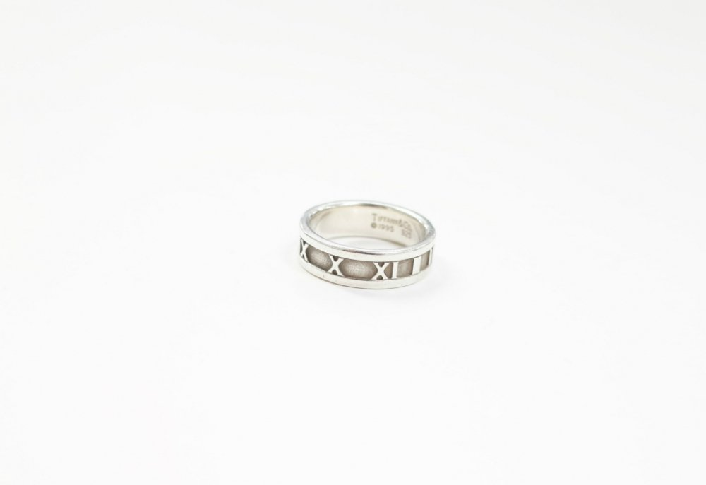 <img class='new_mark_img1' src='//img.shop-pro.jp/img/new/icons15.gif' style='border:none;display:inline;margin:0px;padding:0px;width:auto;' />Tiffany & Co  ティファニー  アトラス リング silver925  16号 USED