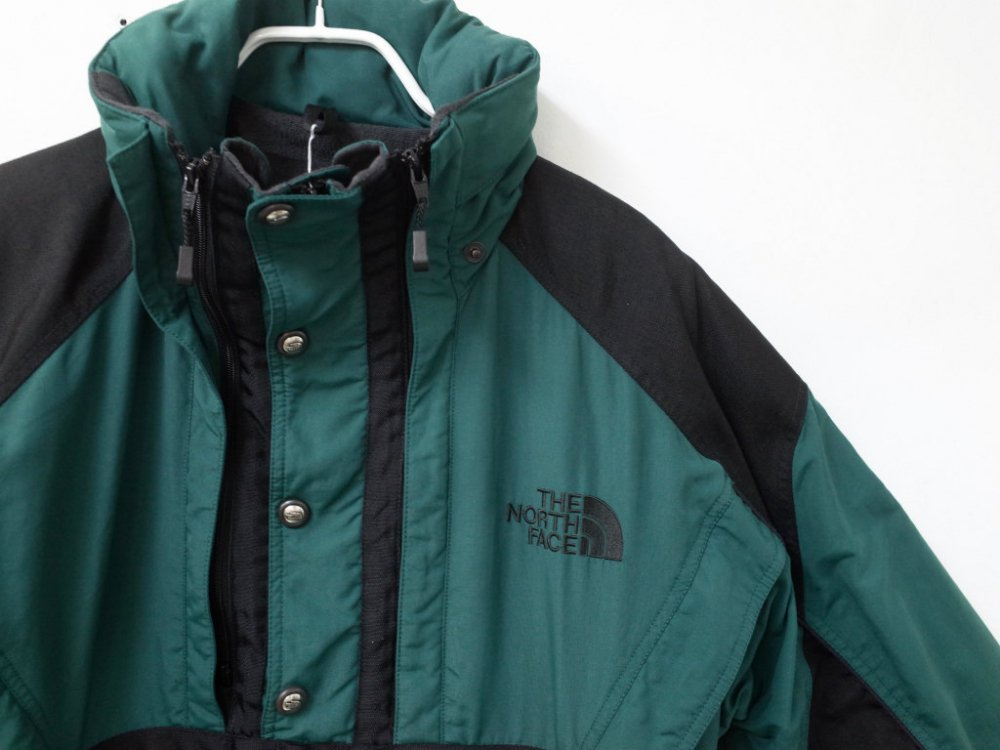 <img class='new_mark_img1' src='//img.shop-pro.jp/img/new/icons15.gif' style='border:none;display:inline;margin:0px;padding:0px;width:auto;' />VINTAGE 90's THE NORTH FACE ノースフェイス  STEEP TECH  マウンテンパーカ USED