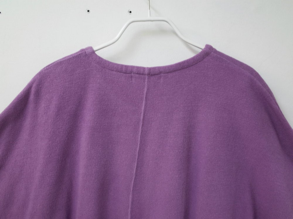 <img class='new_mark_img1' src='//img.shop-pro.jp/img/new/icons15.gif' style='border:none;display:inline;margin:0px;padding:0px;width:auto;' />THEE poncho knit t-shirts KT-CS-03 purple