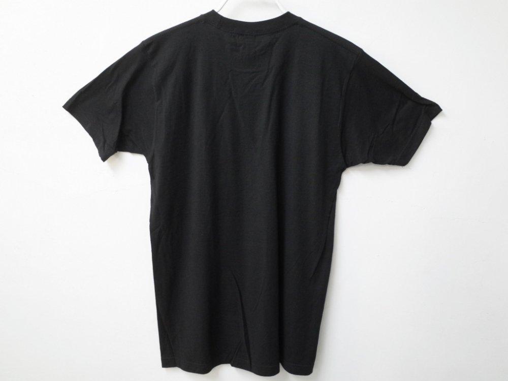 <img class='new_mark_img1' src='https://img.shop-pro.jp/img/new/icons20.gif' style='border:none;display:inline;margin:0px;padding:0px;width:auto;' />海外限定 オフィシャル NIRVANA SMILE Tシャツ