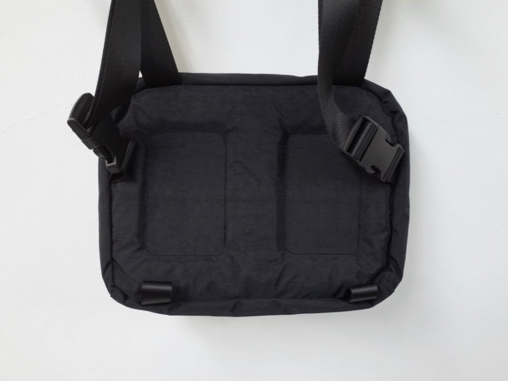 <img class='new_mark_img1' src='//img.shop-pro.jp/img/new/icons20.gif' style='border:none;display:inline;margin:0px;padding:0px;width:auto;' />UO Chest Rig Utility Bag