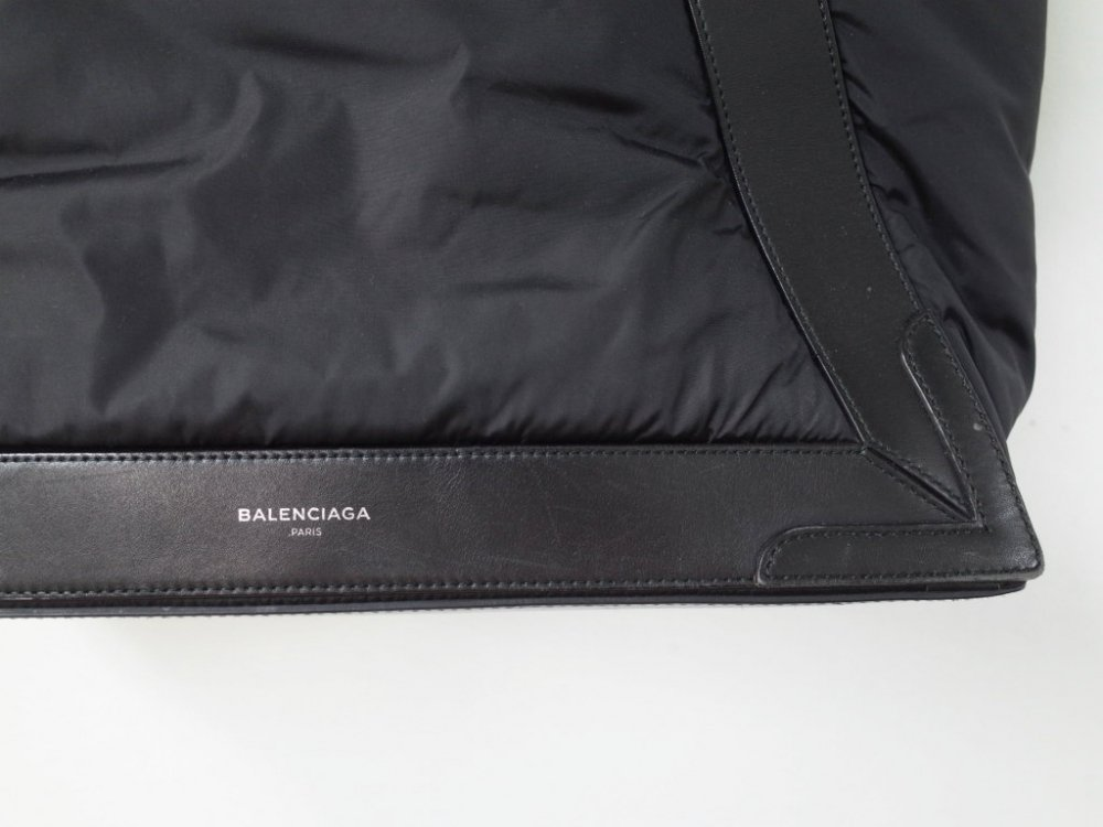 <img class='new_mark_img1' src='//img.shop-pro.jp/img/new/icons20.gif' style='border:none;display:inline;margin:0px;padding:0px;width:auto;' />BALENCIAGA バレンシアガ  カバス トートバッグ USED