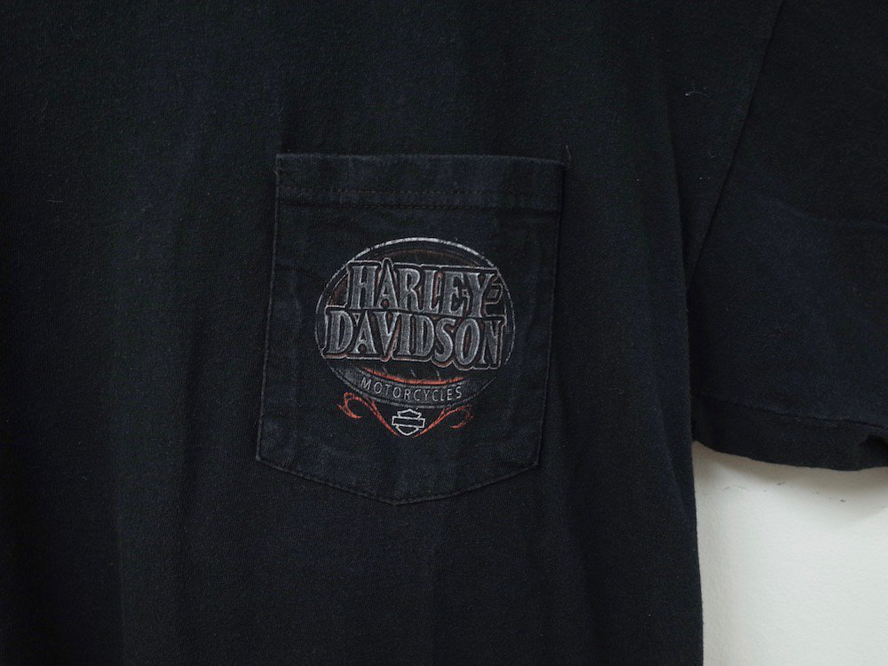 <img class='new_mark_img1' src='//img.shop-pro.jp/img/new/icons15.gif' style='border:none;display:inline;margin:0px;padding:0px;width:auto;' />Harley-Davidson ハーレーダビッドソン Tシャツ USA製  USED