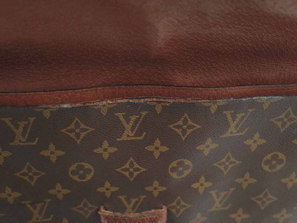 <img class='new_mark_img1' src='//img.shop-pro.jp/img/new/icons15.gif' style='border:none;display:inline;margin:0px;padding:0px;width:auto;' />LOUIS VUITTON ルイ ヴィトン  モノグラム クラッチバッグ MADE IN FRANCE USED