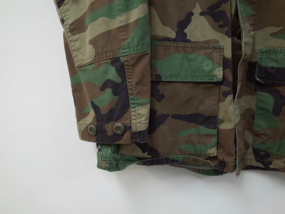 <img class='new_mark_img1' src='//img.shop-pro.jp/img/new/icons15.gif' style='border:none;display:inline;margin:0px;padding:0px;width:auto;' />Vintage U.S.ARMY BDU Shirts BDU シャツ USED