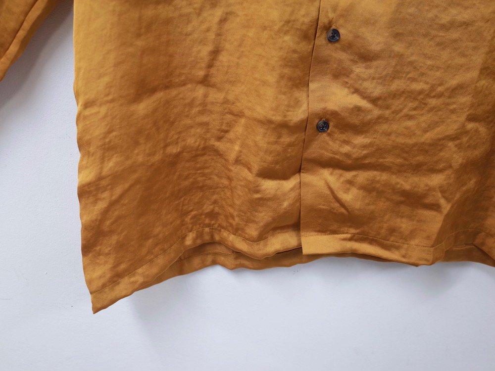 UO L/S サテンシャツ