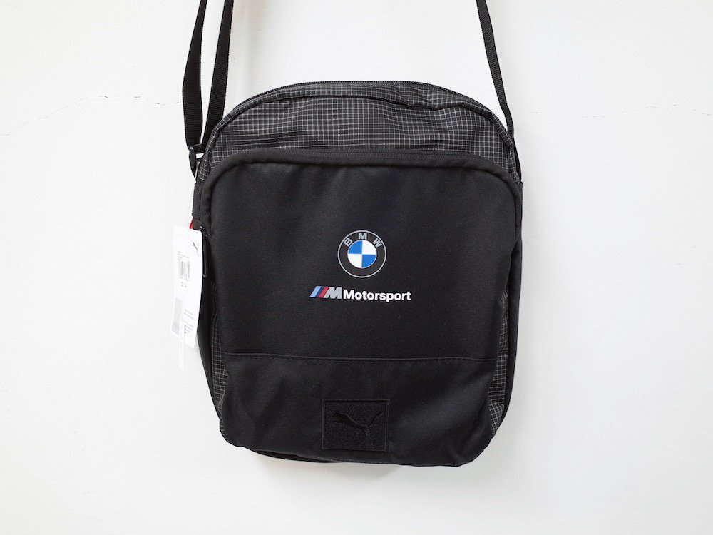 <img class='new_mark_img1' src='https://img.shop-pro.jp/img/new/icons20.gif' style='border:none;display:inline;margin:0px;padding:0px;width:auto;' />BMW×PUMA ショルダーバッグ