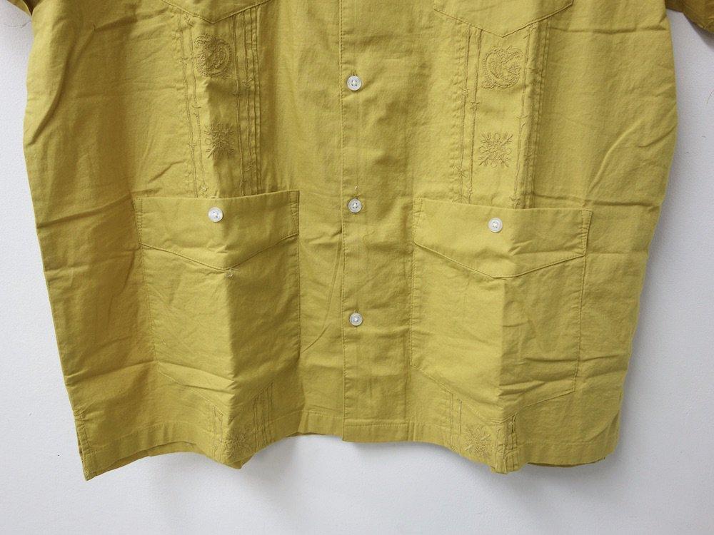 UO キューバシャツ mustard