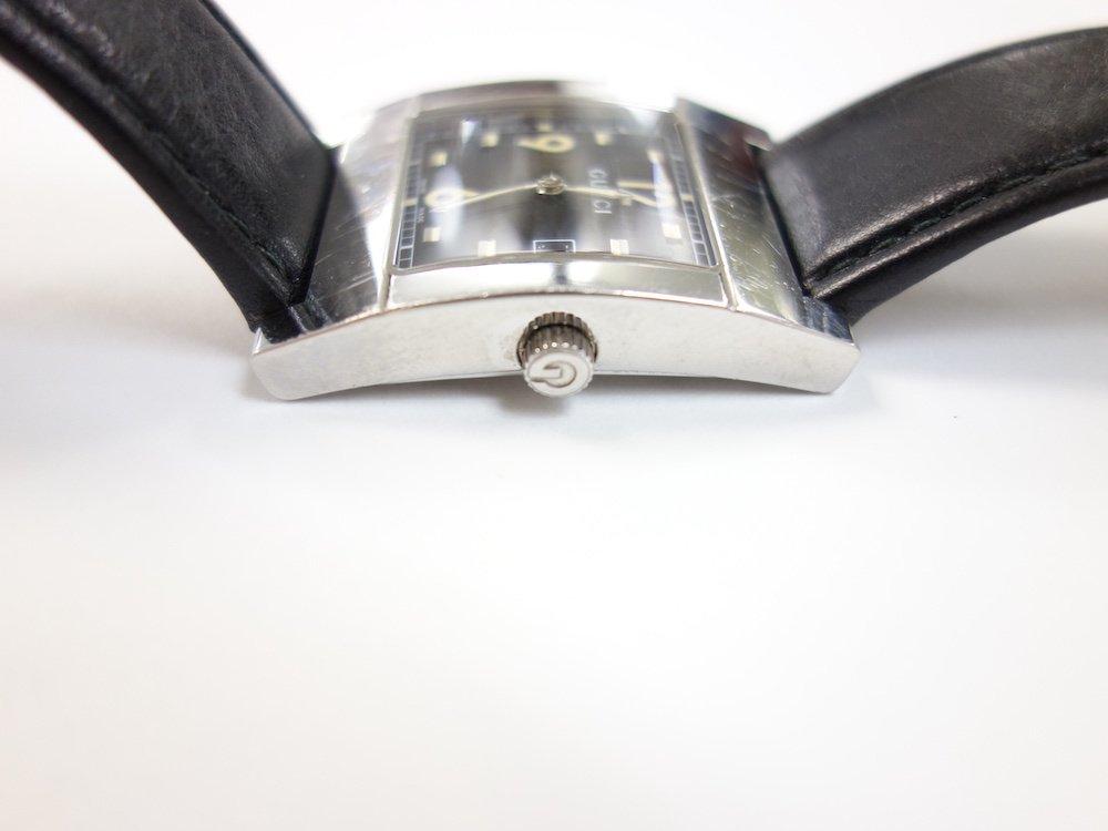 GUCCI  グッチ レクタンギュラー ウォッチ 時計 MADE IN SWISS USED