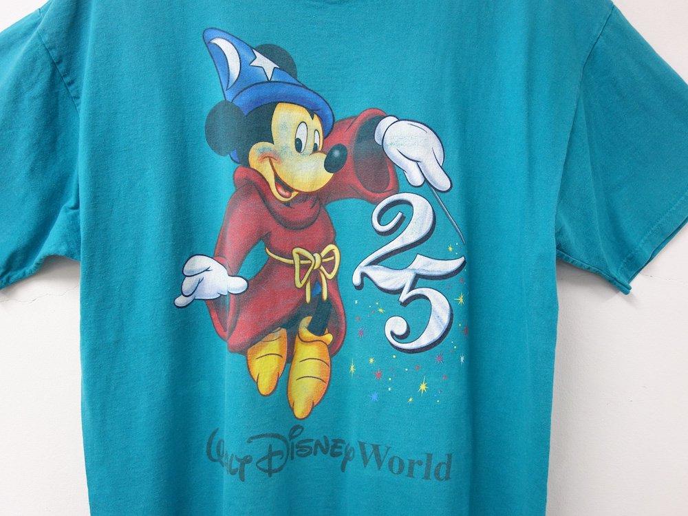 Disney オフィシャル Tシャツ #8 USED