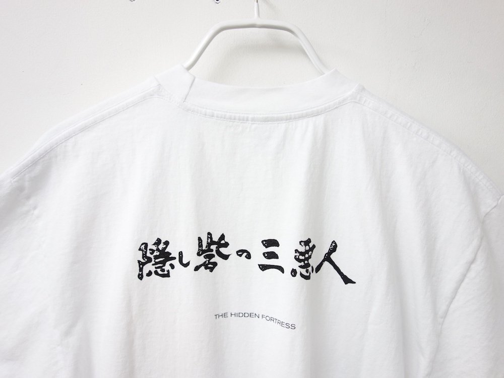 <img class='new_mark_img1' src='https://img.shop-pro.jp/img/new/icons15.gif' style='border:none;display:inline;margin:0px;padding:0px;width:auto;' />BLUE-SUN Hidden Fortress S/S Tシャツ USA製