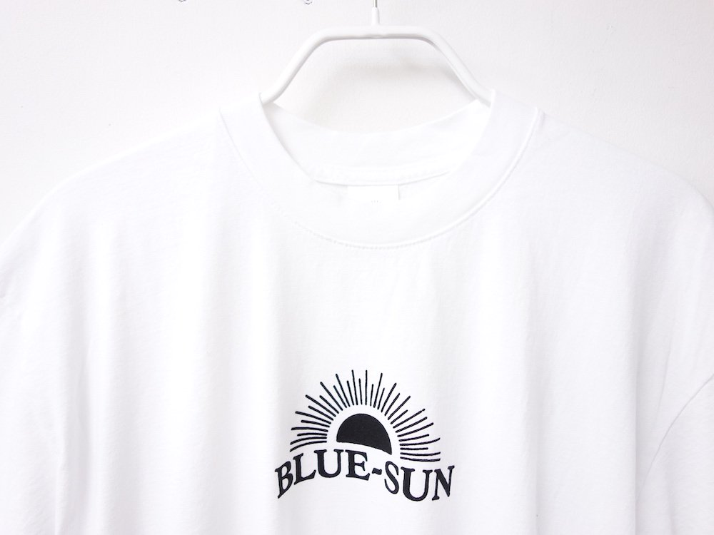 <img class='new_mark_img1' src='https://img.shop-pro.jp/img/new/icons15.gif' style='border:none;display:inline;margin:0px;padding:0px;width:auto;' />BLUE-SUN LOGO S/S Tシャツ USA製