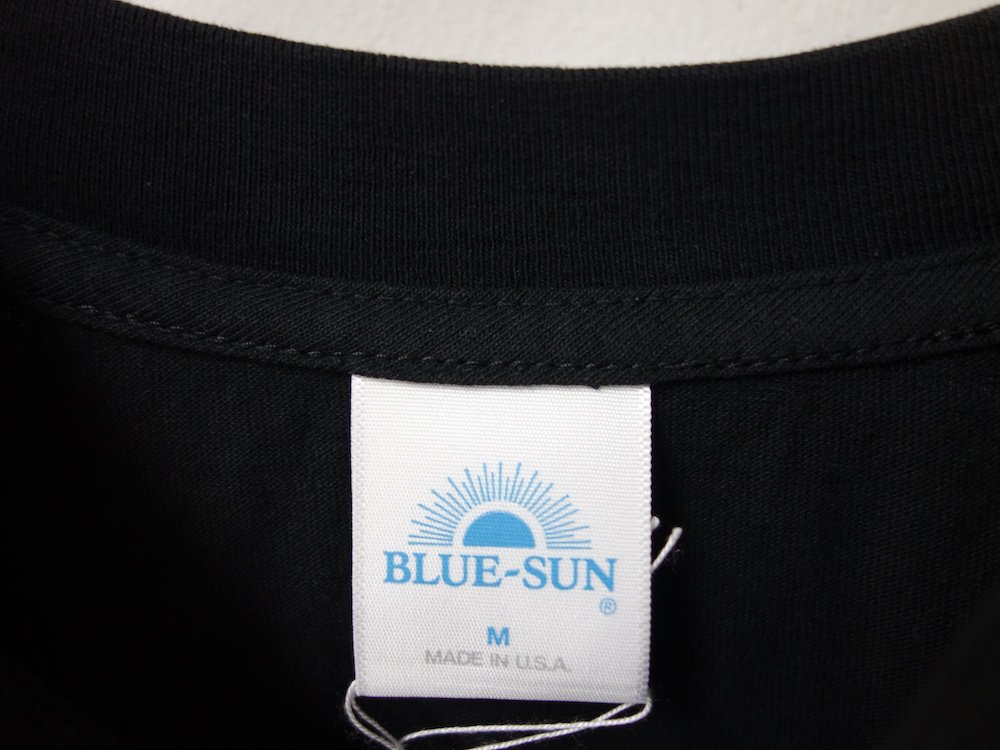 <img class='new_mark_img1' src='https://img.shop-pro.jp/img/new/icons15.gif' style='border:none;display:inline;margin:0px;padding:0px;width:auto;' />BLUE-SUN LOGO L/S Tシャツ USA製 black