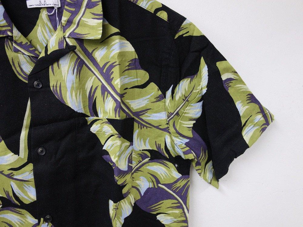 UO Palm リネン S/S シャツ