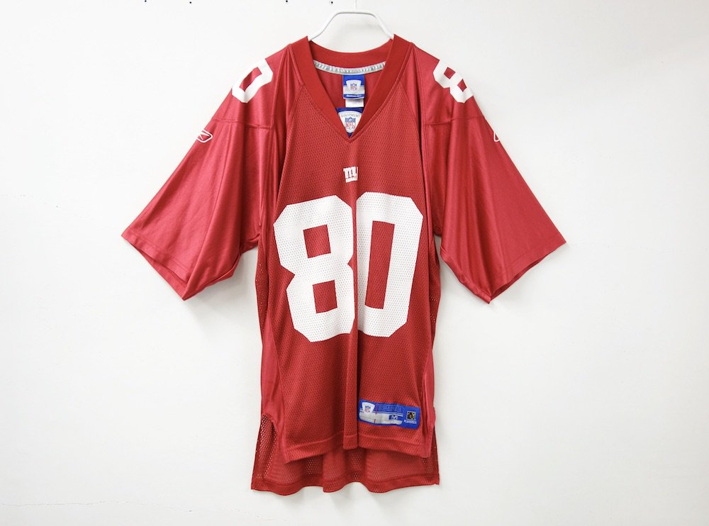 <img class='new_mark_img1' src='https://img.shop-pro.jp/img/new/icons15.gif' style='border:none;display:inline;margin:0px;padding:0px;width:auto;' />REEBOK NFL New York Giants  フットボールジャージー USED