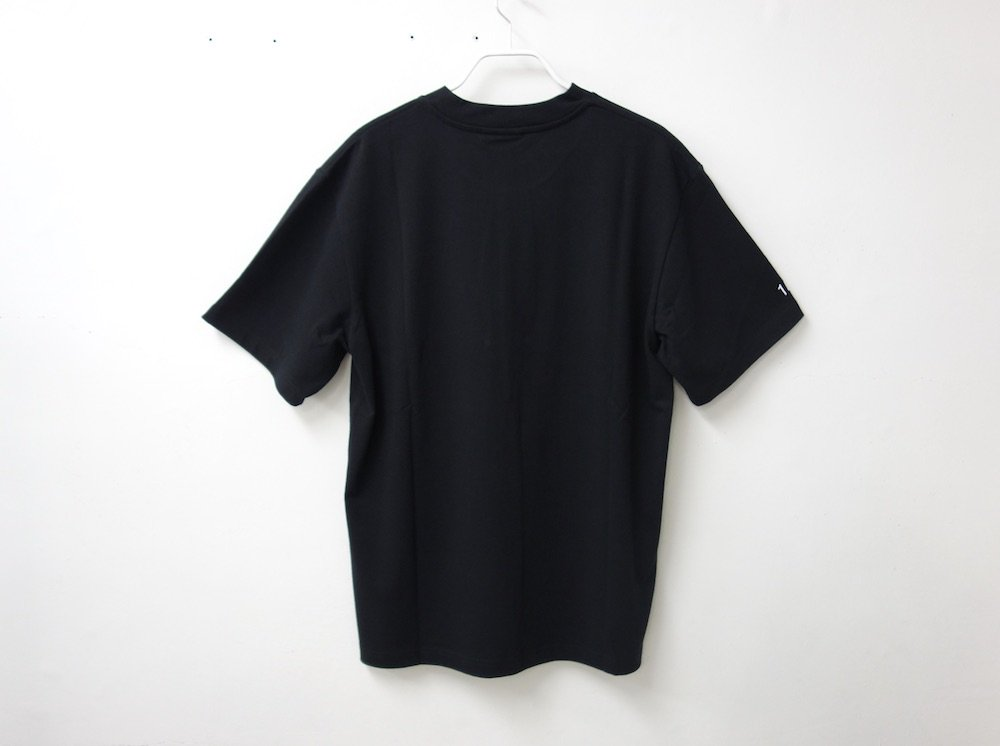 <img class='new_mark_img1' src='https://img.shop-pro.jp/img/new/icons15.gif' style='border:none;display:inline;margin:0px;padding:0px;width:auto;' />COLLAPSING MARKET S/S Tシャツ black