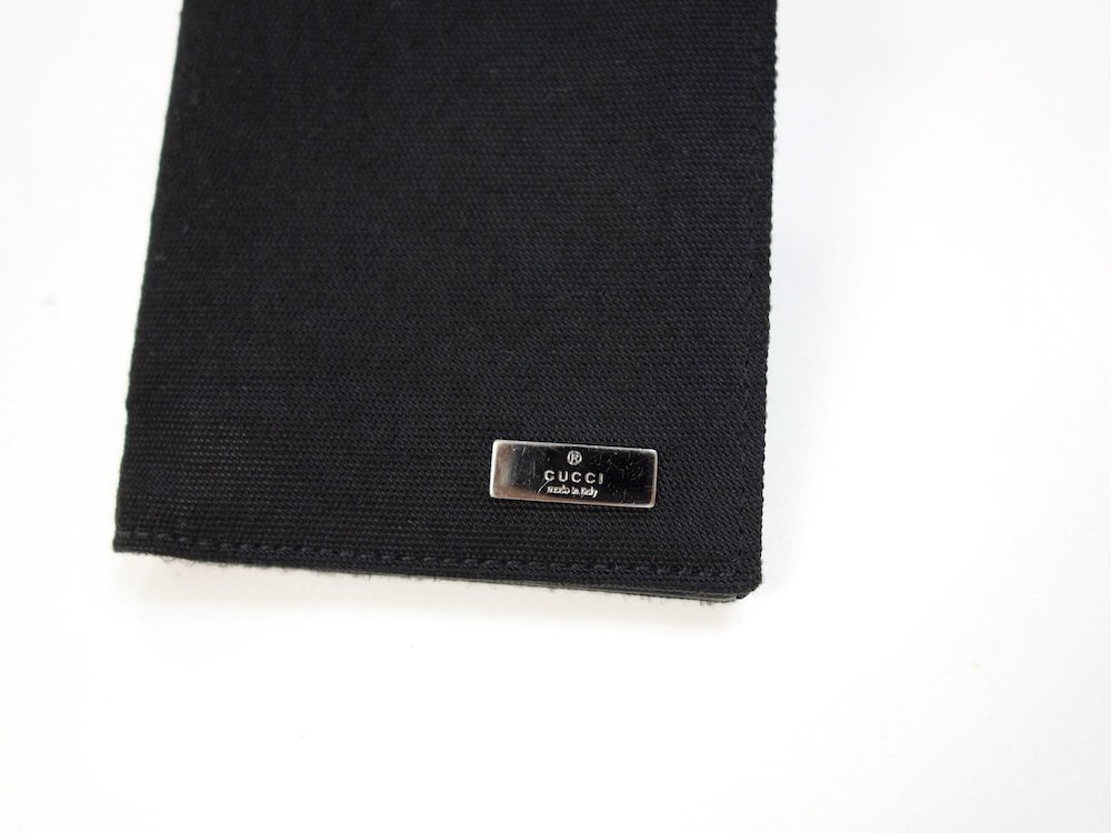 GUCCI  グッチ  二つ折り財布 MADE IN ITALY USED