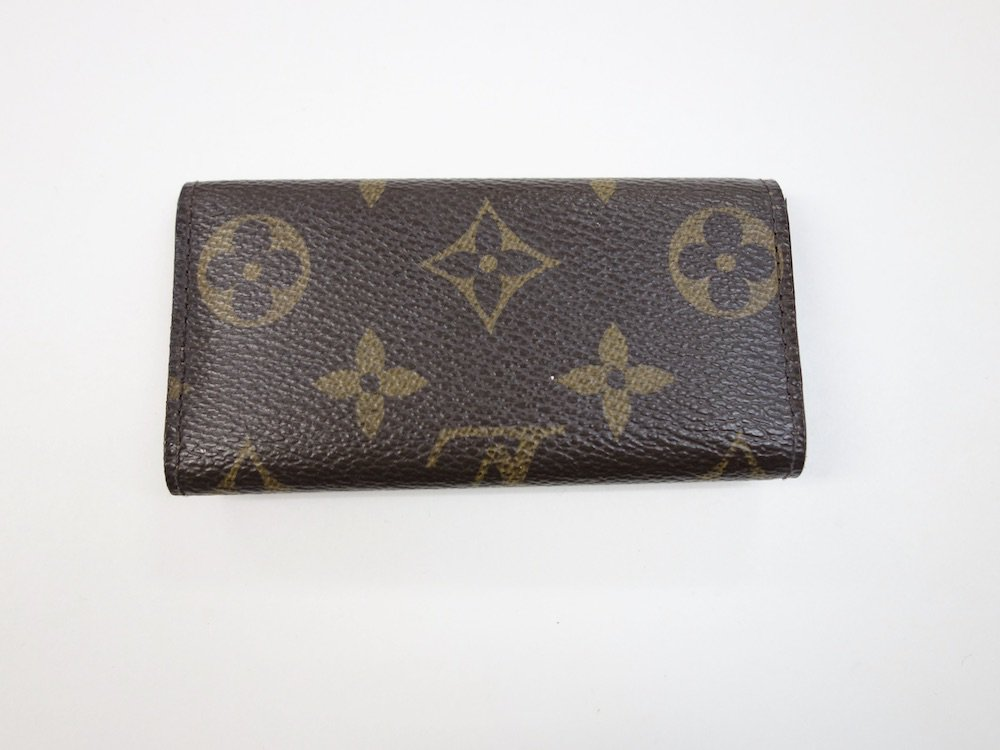 <img class='new_mark_img1' src='https://img.shop-pro.jp/img/new/icons15.gif' style='border:none;display:inline;margin:0px;padding:0px;width:auto;' />LOUIS VUITTON ルイヴィトン モノグラム キーケース    MADE IN FRANCE USED