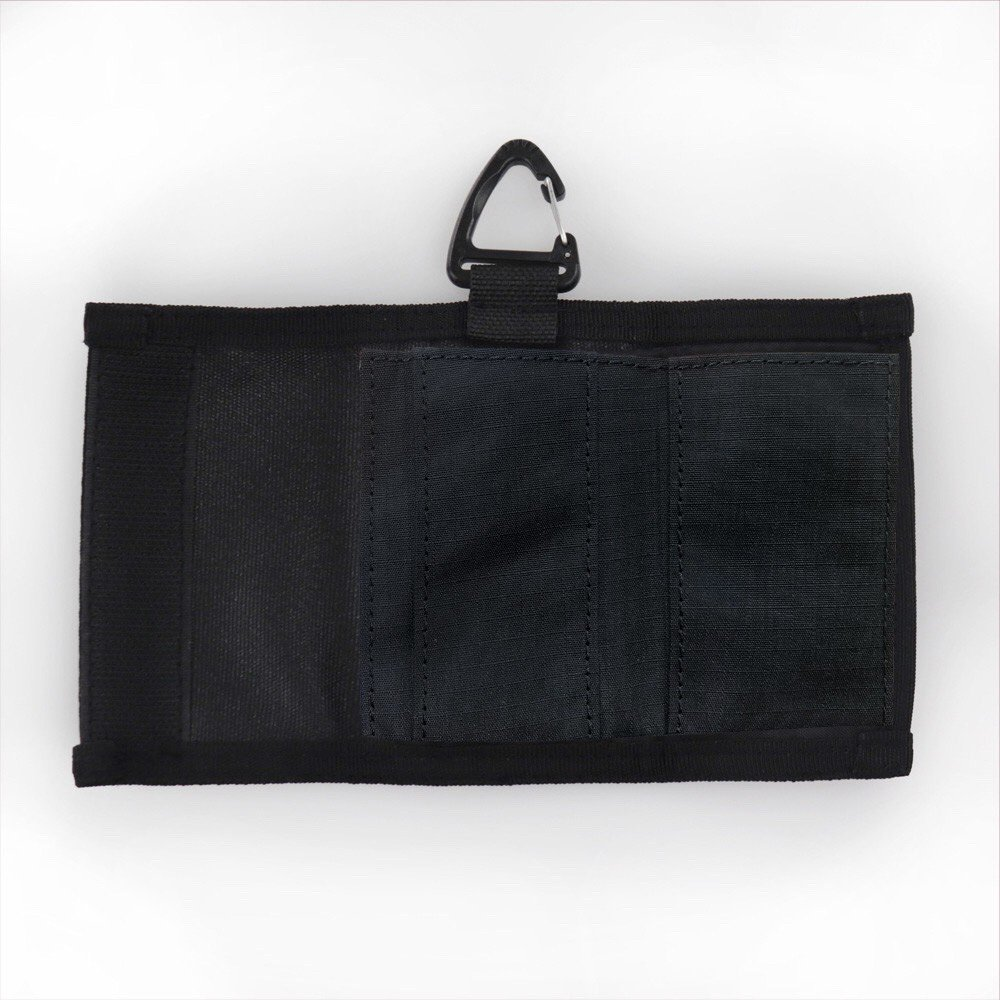 <img class='new_mark_img1' src='https://img.shop-pro.jp/img/new/icons15.gif' style='border:none;display:inline;margin:0px;padding:0px;width:auto;' />PACKING Compact Wallet black