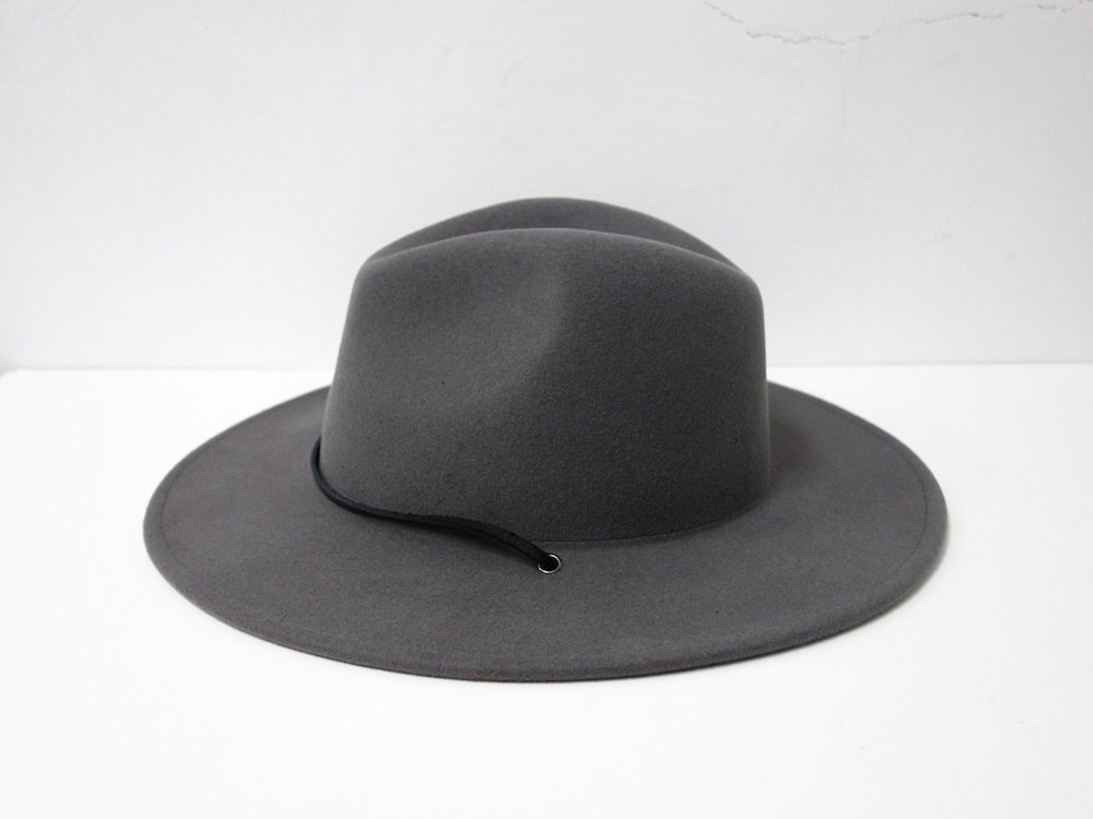 <img class='new_mark_img1' src='https://img.shop-pro.jp/img/new/icons15.gif' style='border:none;display:inline;margin:0px;padding:0px;width:auto;' />UO Wide Brim Desert Fedora ハット
