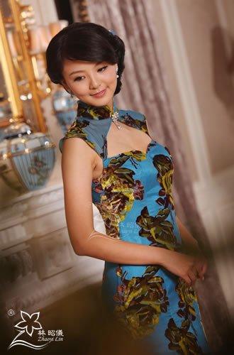 本物シルク_ハートカット×マーメイド裾×花様年華レッドカーペット・チャイナドレス