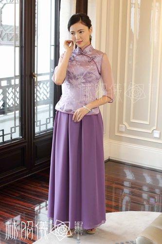 パープルの小梅柄×透明袖の上着とシフォン・スカートのセパレート・チャイナドレス