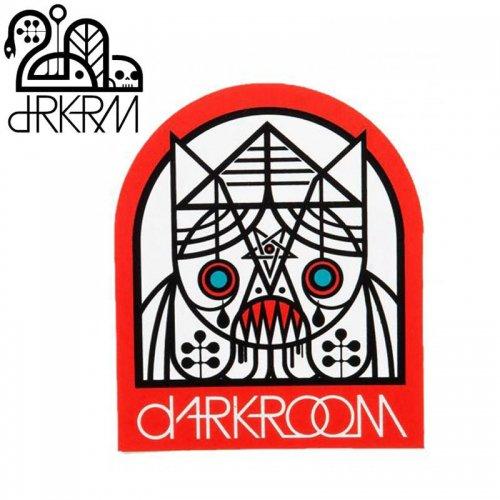 【DARKROOM ダークルーム スケボー ステッカー】DOOMRAT STICKER 9.1 x 7.6cm レッド NO5