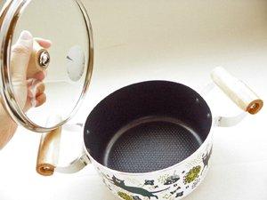 IH対応【ルンルン猫と原っぱ】両手鍋ver.
