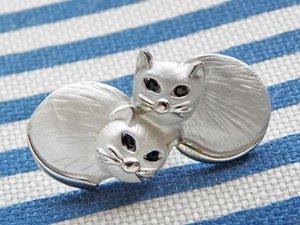 タックピン【寄り添いまる猫】シルバー色