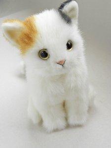 日本製の子猫ぬいぐるみ【おすわり三毛猫】Sサイズ