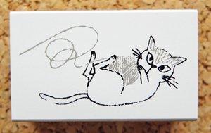 Shinzi Katoh シニョンスタンプ【毛糸玉と猫】